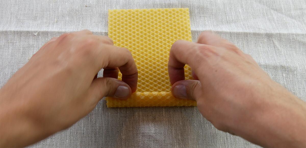 Bienenwachskerze rollen