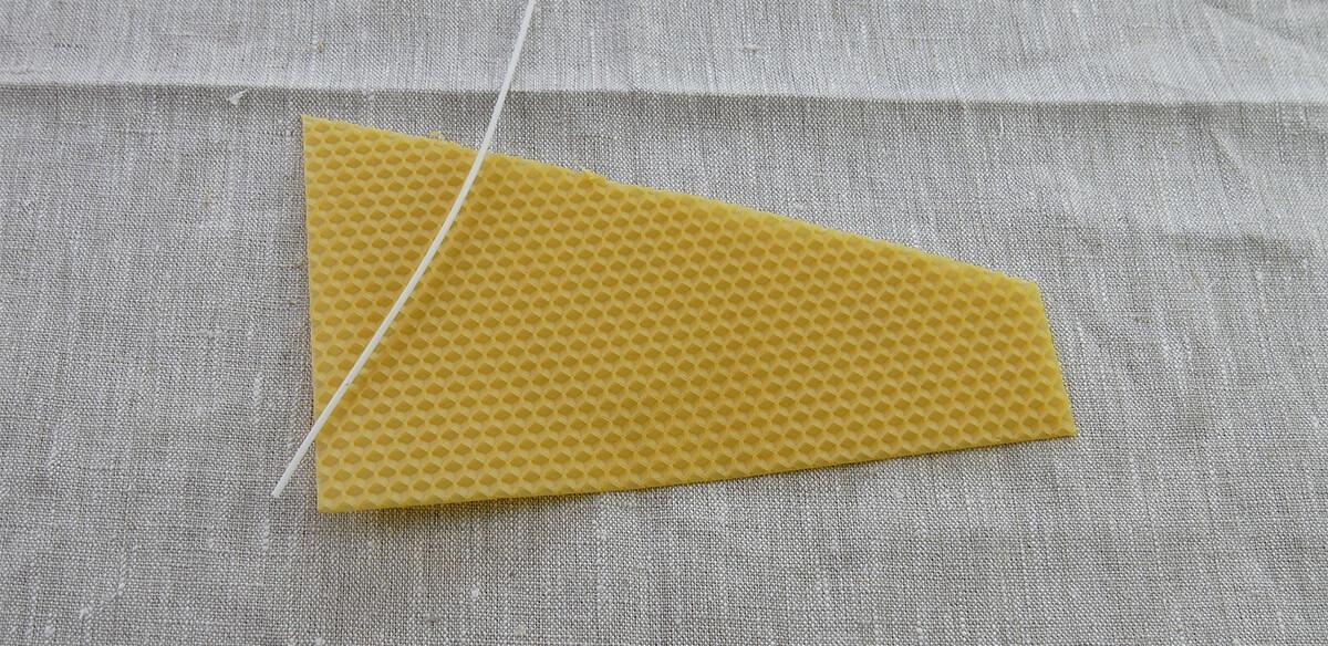 Bienenwachsplatte zuschneiden